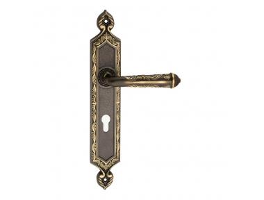 1030 Rubin Class Maniglia per Porta su Placca Frosio Bortolo di Arte Russa Made in Italy
