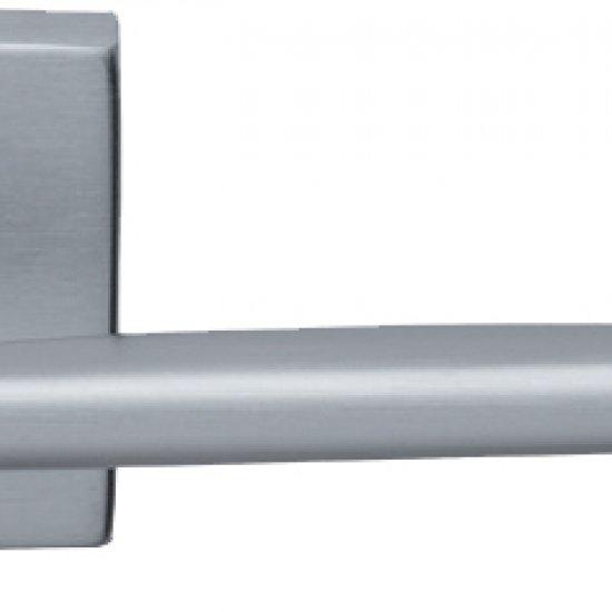 Coppia Di Maniglie Ghidini Modello Easy Ocs M18 Con Rosette E Bocchett