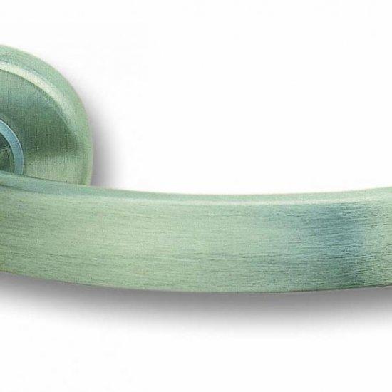 Coppia Di Maniglie Ghidini Modello Idea Zns Con Rosette E Bocchette