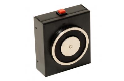 Elettromagnete di Trattenuta Nero 140 Kg con Pulsante di Sblocco 18101 Opera