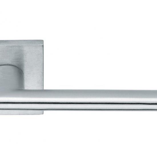 Maniglia Per Porta Nais H1046 Progettata Da Vallivalli Workshop